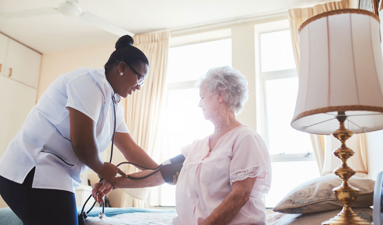 nurse-taking-pressure
